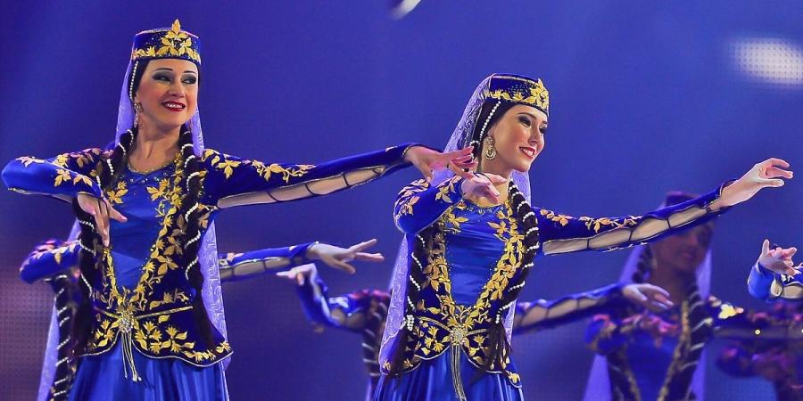 رقص آذری -در همه حال بهترین باشید چه فردی یا چه گروهی