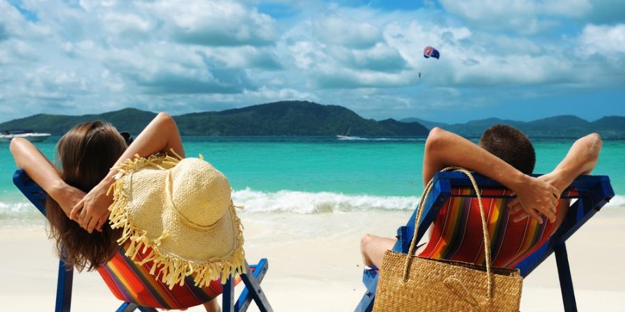 لذت سفر در مبدا و مقصد نیست در طول سفر است