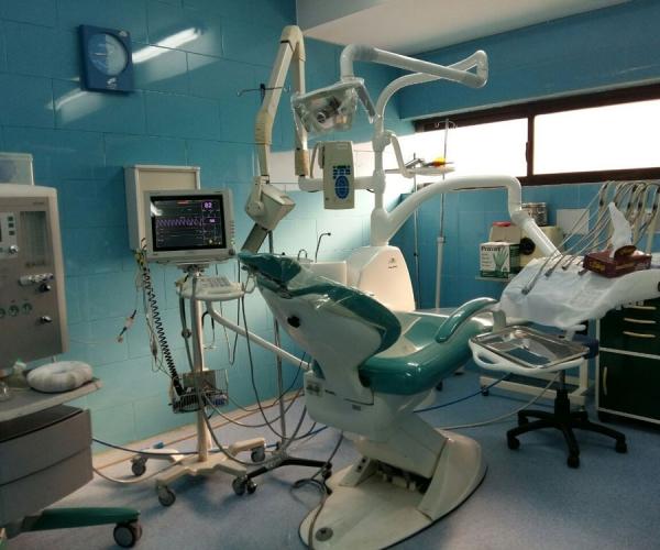 بازاری به اندازه ایران با تولید مواد و تجهیزات پزشکی دندانپزشکی